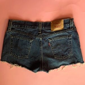 Vintage Levi's Medium Wash Shorts 7M